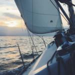 Pensez à louer un bateau pour vivre des vacances de rêve