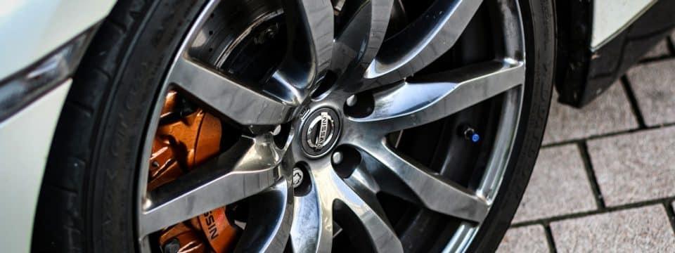 Comment polir une roue jantée ?