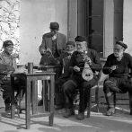 La tradition musicale de la Crète: rythmes, mélodies et chansons crétoises