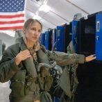 L'indicatif d'appel du pilote de l'US Air Force `` Banzai '' devient la première femme à piloter un chasseur furtif F-35A au combat