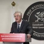 Le Pays de Galles va mettre en œuvre un verrouillage `` coupe-feu '' de 2 semaines alors que les cas de COVID-19 augmentent
