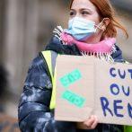 Europe, États-Unis regarder les boîtiers augmenter, débattre des nouvelles restrictions du COVID-19