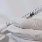 Le Royaume-Uni approuve le deuxième vaccin COVID-19 avec un stockage plus facile