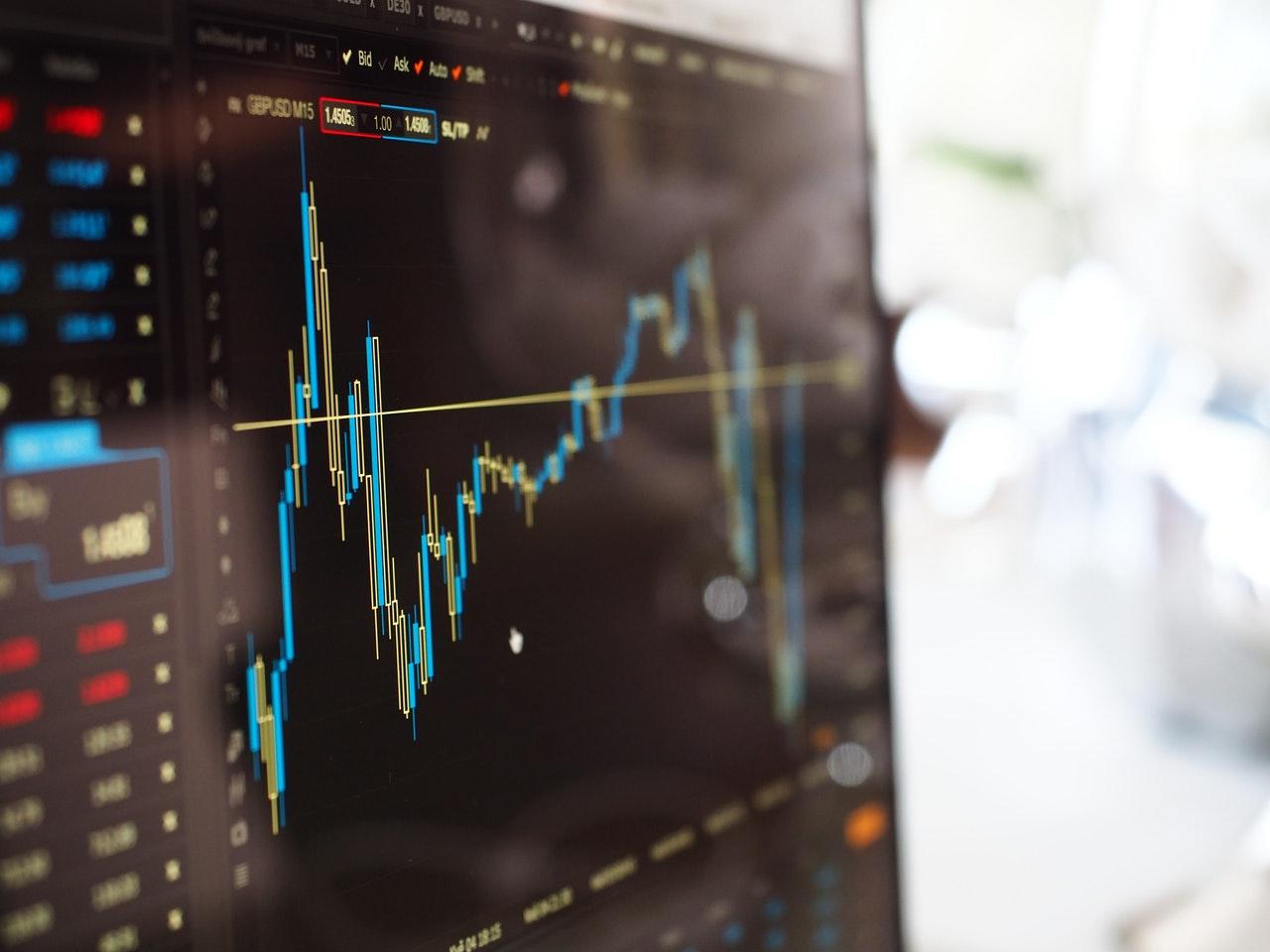 Graphique avec des courbes, investissement en bourses, action, CAC40