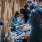 Les États-Unis dépassent les 400000 décès dus au COVID-19, plus que tout autre pays au monde