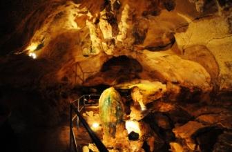 """Birzebbuga: Ghar Dalam, la """"grotte sombre"""""""