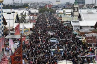 """Les célébrations de l'Oktoberfest de Munich annulées en raison de la pandémie de coronavirus: """" Le risque est tout simplement trop élevé """""""