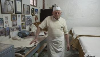 """Traditions et métiers perdus: """"kantaifi"""" et draps pour """"baklava"""""""